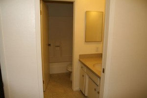 1378 B Up bathroom