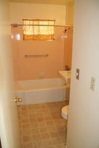 588 A couper bath